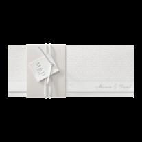 Stilvolle Hochzeitseinladung in Perlmutt-Banderole für einen schicken Effekt (726043D)