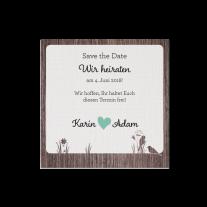 Save-the-Date passend zur Hochzeitseinladung mit Ausschnitt im Baumstamm