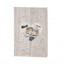 Menükarte passend zur lustigen Dreifachfaltung auf Strukturpapier mit fröhlichem Brautpaar (727620)